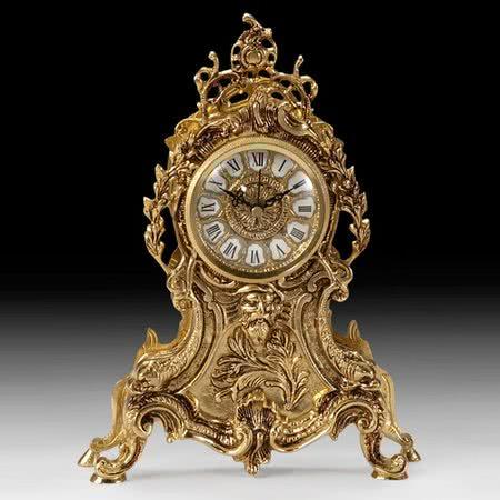 Часы в классическом стиле каминные из бронзы
