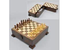 Набор шахмат с доской
